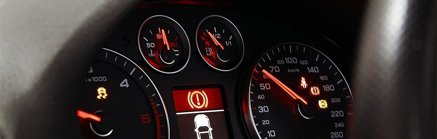 5 چراغ هشدار مهم بر روی داشبورد خودرو شما