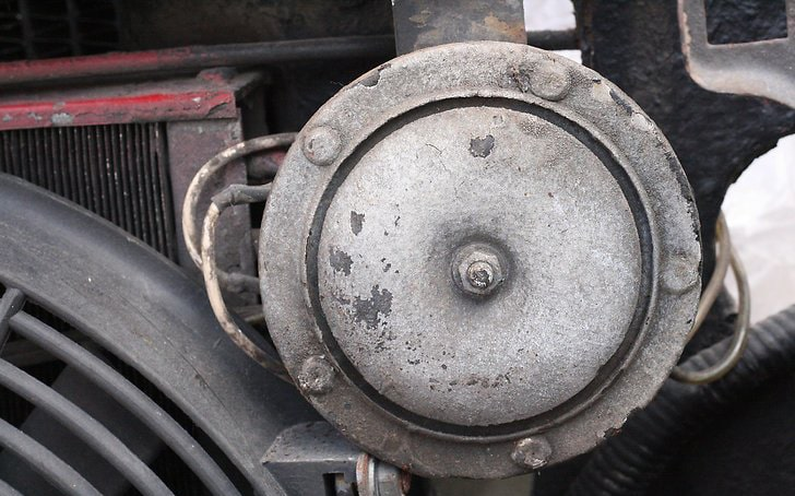 تعمیر بوق خراب خودرو