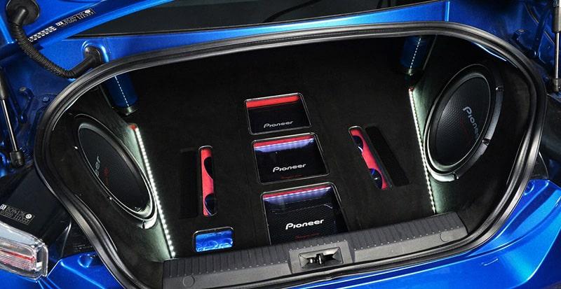معرفی بهترین برندهای سیستم صوتی خودرو